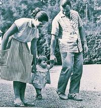 Юрий Гагарин в кругу семьи