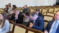 В центре - Т.Комарова, справа - С.Мамонтов